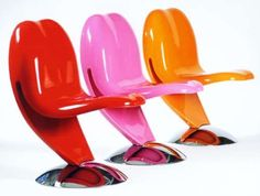 Ironic Pop Art Chairs  The Lick-Loving Tongue-in-Cheek Chair by Peter Harvey