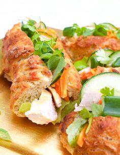 Hämmentäjä: Vietnamese banh mi baguettes. Perfect for picnics! Fresh, spicy, foody and delicous. And doesn't mind heat.  Vietnamilaiset banh mi -patongit, mikä piknik-herkku