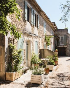 There are countless towns scattered throughout Provence, and truth be told, it's impossible to see it all in just three days. Similarly to Tuscan towns, Provence France, Aix En Provence, Cabana, The Places Youll Go, Places To Go, French Country Style, South Of France, Ultimate Travel, Positano