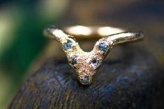 Ethical Raw Diamond Chevron Ring in Gold Raw Stone Jewelry, Chevron Ring, Diamond Alternatives, Raw Diamond, Raw Gemstones, Teardrop Necklace, Conflict Free Diamonds, 18k Rose Gold, Solitaire Ring