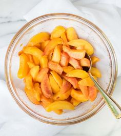 Easy Crock Pot Peach Cobbler, made with fresh peaches. Simple and DELICIOUS! The slow cooker does all the work. @wellplated