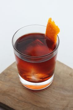 Friday Happy Hour: Boulevardier Cocktail – Traveling To Taste