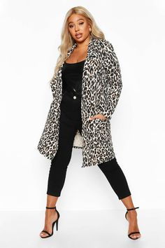 Wrap up in the latest coats and jackets and get out-there with your outerwear Breathe life into your new season layering with the latest coats and jackets from boohoo. Supersize your silhouette in a padded jacket, stick to sporty styling with a bomber, or protect yourself from the elements in a plastic raincoat. For a more luxe layering piece, faux fur coats come in fondant shades and longline duster coats give your look an androgynous edge.Style: Duster CoatDesign: LeopardFabric: Jersey