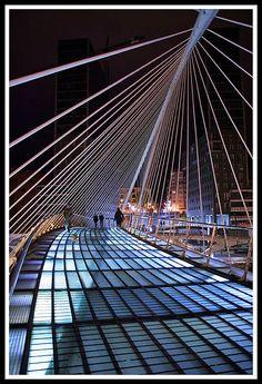 Bilbao Nocturno (I). Zubi Zuri (Panex)