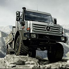 10 Of The Best Vehicles To Survive A Zombie Apocalypse | eBay