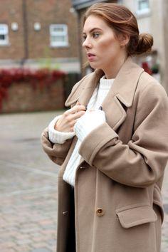 NICOLE SCHERZINGER X MISSGUIDED Part 1 The camel Maxi Coat & Leather Skirt
