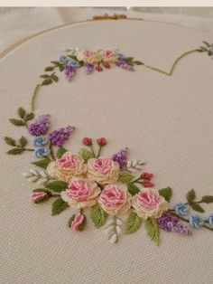 Embroidery Machine Embroidery Designs like Embroidery Patterns Jacket save Embroidery Machine Patches by Embroidery Thread On Spools; Embroidery Names Brazilian Embroidery Stitches, Learn Embroidery, Hand Embroidery Stitches, Crewel Embroidery, Vintage Embroidery, Embroidery Techniques, Embroidery Kits, Machine Embroidery Designs, Embroidery Needles