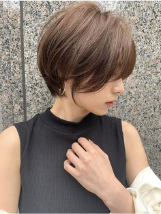 Balayage Brunette, Balayage Hair, Short Hair With Layers, Short Hair Cuts, Short Bob Hairstyles, Easy Hairstyles, Hair Inspo, Hair Inspiration, Es Der Clown