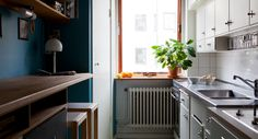 一桌四椅的生活: H型廚房檯面動線,以及藏在抽屜裡的冰箱 - yam天空部落