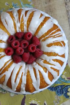 Raspberry- Lemonade Bundt Cake #recipe | RecipeGirl
