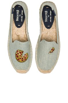 ca24034d86d8 Soludos Pizza Embroidery SM Slipper in Chambray Pizza Shoes