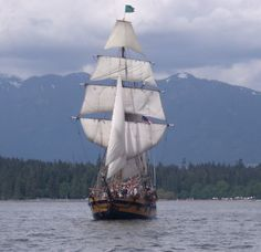 Hawaiian Chieftain in Puget Sound near Seattle. #sailing #ships #travel http://historicalseaport.org/