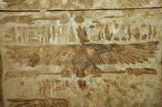 Templo de Deir el Medina , Luxor , Capilla Central de Hathor. | por Soloegipto