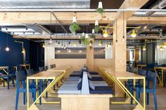 Restaurante Bien por Suite Arquitetos - http://www.galeriadaarquitetura.com.br/projeto/suite-arquitetos_/restaurante-bien/685