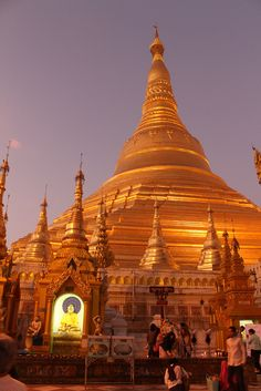 Yangon's incredible Shwedagon Pagoda, the most revered pagoda in Myanmar. So gold, so beautiful!
