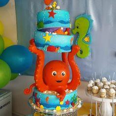 Cake para el baby shower de Emiliano hijo menor de Genny Hernandez hecho por Genny Hernandez 1 Samuel 1 27, Under The Sea, Smurfs, Baby Shower, Instagram, Character, Pray, Make Envelopes, The Creation