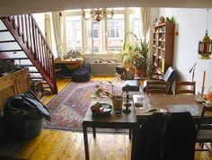 Introducing New Worlds With A Shrug: Insides: Loft Life