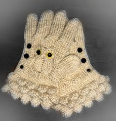 How to Loom Knit Owl Gloves