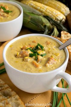 Sweet Corn Soup - Summertime in a bowl! This rich, creamy, easy soup is a perfect way to enjoy in-season corn. ♥ A Family Feast Corn Soup Recipes, Chowder Recipes, Sweet Corn Soup, Corn Soup Creamy, Cream Of Corn Soup, Hot Soup, Soup And Sandwich, Soups And Stews, Food Inspiration