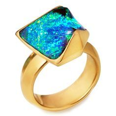 Rachael Taylor unearths our ongoing fascination with opal jewellery, and what sets Mexican, Ethiopian and Australian opals apart. #opalsaustralia