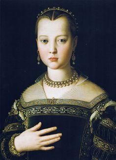 Renaissance-women-portraits-paintings-of-women-Agnolo-Bronzino-canvas__Agnolo Bronzino - Portrait of Maria de' Medici, 1551 Mode Renaissance, Renaissance Kunst, Renaissance Portraits, Renaissance Paintings, Renaissance Jewelry, 16th Century, Beautiful Paintings, Art History, Lost Art