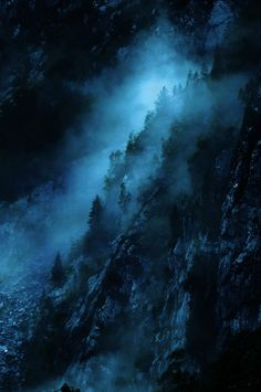 Misty mountain (by:Loulou Beavers)
