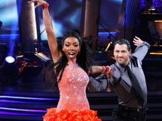 DWTS Season 11 Fall 2010 Brandy Norwood and Maksim Chmerkvoskiy
