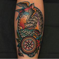 Tnx luca from Salerno. Old School Tattoo Designs, Tattoo Designs Men, Traditional Ship Tattoo, Ocean Sleeve Tattoos, Tatuagem Old Scholl, Celtic Cross Tattoos, Tatto Old, Sunset Tattoos, Pirate Tattoo