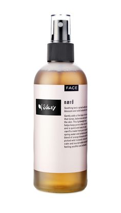 This toner gently adds a fine layer of moisture that tightens,balances and soothes the skin. Its lightweight formula helps keep pores clean and clear.    nærðis made withwater from a mountain spring in northern Iceland. It is, like much ofIceland's fresh water sources, among the cleanest and purest on Earth and can bedrunkstraight from where it gushes out amongthe rocks and moss.We've spiced it up alittlewith some orange blossoms and added our signature blend of hand-pic...
