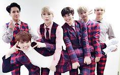 @RealVIXX:      나는 로빅이다. 오늘 #MBC가요대제전 #이별공식 무대를 마친 #빅스 요원들의 모습이다. 2015년 일 년 동안 큰 응원을 보내준 별빛요원들 고맙습니다! 꾸벅.   I am Rovix. This is VIXX Agents after finishing their MBC Gayo DaeJaeJeon Love Equation stage. Thank you to all the Starlight Agents for cheering throughout 2015! Bows.  Trans. cr: fyeah-vixx