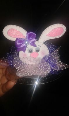 Conejo primer diente Minnie Mouse, Disney Characters, Fictional Characters, First Tooth, Jar Crafts, Rabbits, Teeth, Crafts For Kids, Bebe