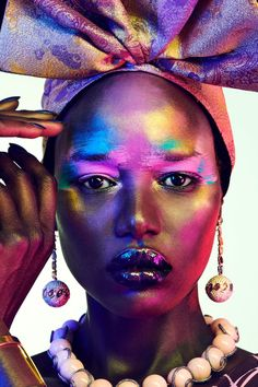 Model Ajak Deng is styled by DaVian Lain in jewels for 'Estrela Cadente'. Photographer Jamie Nelson captures Ajak for the April 2019 issue of Vogue Portugal, dediated to Africa as Jamie Nelson, Vogue Portugal, Carine Roitfeld, Australian Models, Foto Art, Black Models, Professional Women, Fashion Today, Daily Fashion