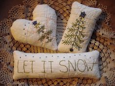3 Primitive Fabric Bowl Fillers Christmas Tree Snow Hand Stitched on Old Quilt