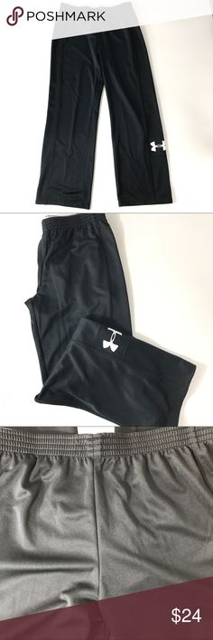 NWT Under Armour All Season Gear Women loose Large Under armor women's semi fitted loose all season gear pants warm up track. Tag price was peeled off left some residue behind on tag see photo   Color black  100 percent polyester  Measurements  Waist has elastic stretch band but laying flat measures 32 inches  Inseam 32 inches Under Armour Pants Track Pants & Joggers