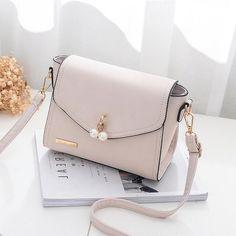 Fall Purses And Handbags Unique Handbags, Stylish Handbags, Fashion Handbags, Fashion Bags, Cheap Handbags, Big Handbags, Wholesale Handbags, Chanel Handbags, Leather Handbags