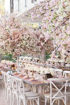pink floral wedding receptions - photo by 5ive15ifteen https://ruffledblog.com/elegant-wedding-at-the-toronto-royal-conservatory-of-music