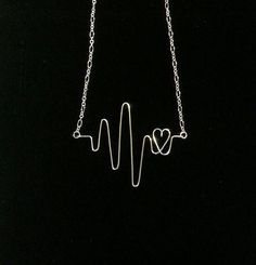 Wire Heartbeat Necklace-Silver plate