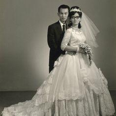 #1950s #bridebeauty #bride #bridal #bridalfashion #fashionhistory #historyoflove #historyoffashion #weddings #weddingday #weddinglove #weddinghistory #weddingphotography #vintage #vintagelove #vintagelook #vintagephoto #vintagefashion #events #amor #amordenovios #novias #history #loveislove http://gelinshop.com/ipost/1517312903370314811/?code=BUOlAvqgRQ7