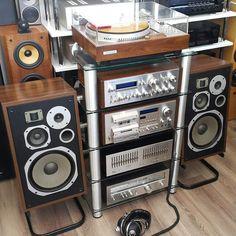 3,230 отметок «Нравится», 48 комментариев — Vintage Audio Love (@vintageaudiolove) в Instagram: «. Headphones Or Speakers ? .  by @dastanburhan . . . #VintageAudio #Audio #Vintage #turntable…»