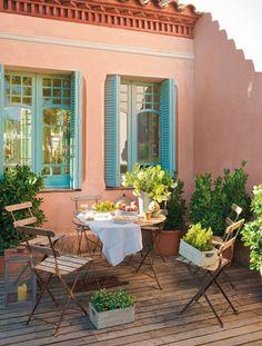 terrassengestaltung toskana flair eisen möbel topfpflanzen