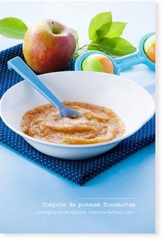 #compote de #pommes fondantes pour #bébé 6-9 mois-avec mixeur Moulinex-photo-#marielyslorthios- #repas #bebe #hochet #jouet #bleu