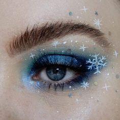 Eye Makeup Art, Simple Eye Makeup, Pretty Makeup, Makeup Inspo, Makeup Inspiration, Christmas Makeup Look, Holiday Makeup, Christmas Nails, Christmas Crafts