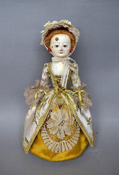 VENDU ! Repro poupée de la Reine Anne de D.Vistavna, poupée en bois sculptés à…