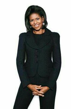 Michelle Obama Michelle Obama Flotus, Michelle Obama Fashion, Barack And Michelle, Durham, Barack Obama Family, Obamas Family, Black Pant Suit, Black Pants, Malia And Sasha