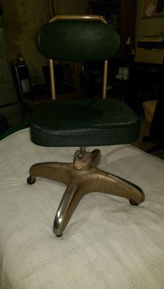 Vtg Hamilton Cosco Inc Office Chair Good cond RARE Decor metal green dots Green Dot, Antique Chairs, Antiques For Sale, Chairs For Sale, Cool Stuff, Sale Items, Hamilton, Office Supplies, Dots