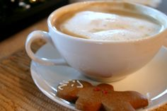 Healthy Homemade Gingerbread Latte :: 1 shot espresso, 1 cup milk, 2 tsp molasses, 1/4 tsp cinnamon and 1/8 tsp ginger