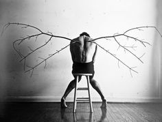 ¿Cómo titularías esta surrealista fotografía de Christian Hopkins? http://finaldechiste.com/2711/titula-esta-imagen-xxiii/