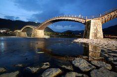 Если есть пропасть, значит есть мост