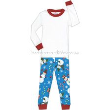 These adorable Sara's Prints Snowman PJs will put everyone in a holly jolly mood! Pajama Set, Pajama Pants, Product Safety, Toddler Pajamas, Holiday Pajamas, Consumer Products, Collar And Cuff, Snowmen, Pjs