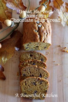 A Bountiful Kitchen: Great Harvest Pumpkin Chocolate Chip Bread ... I'm so making this today!